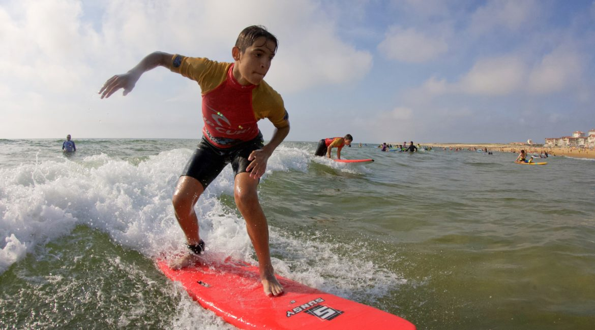 Cours et stages de surf particuliers Watermansport Surf School
